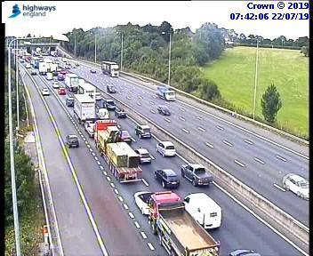 Heavy traffic on M25 between J17 and J16 anticlockwise