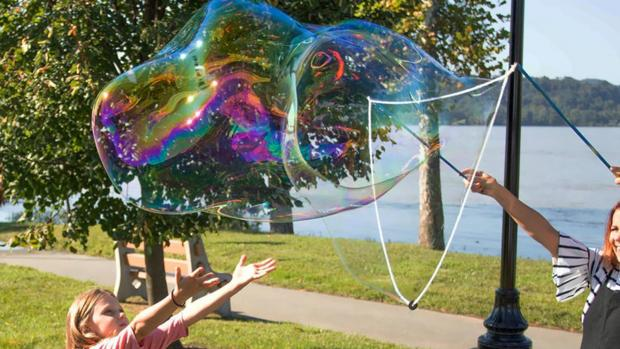 Borehamwood Times: What's not to love about bubbles? Credit: Etsy / BubblePalooza