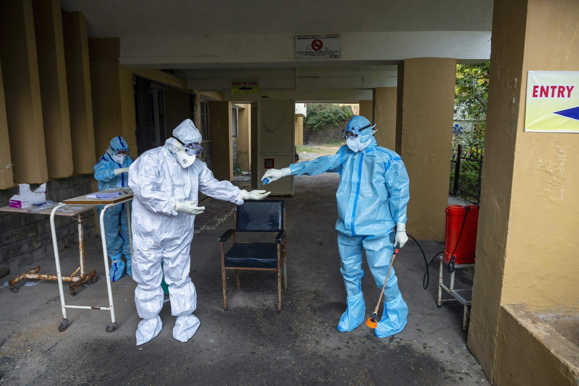 Indian figures reveal downward trend in coronavirus infections