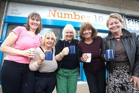 Sian Rolls, Julia Woods, Carol Harris, Lorna Cunningham,  Carole Syms outside Number Ten