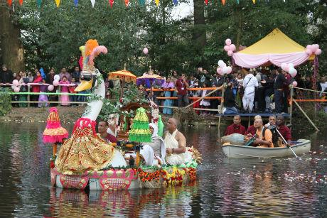 The swan boat ceremony