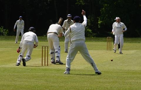 Radlett won their game with two balls to spare