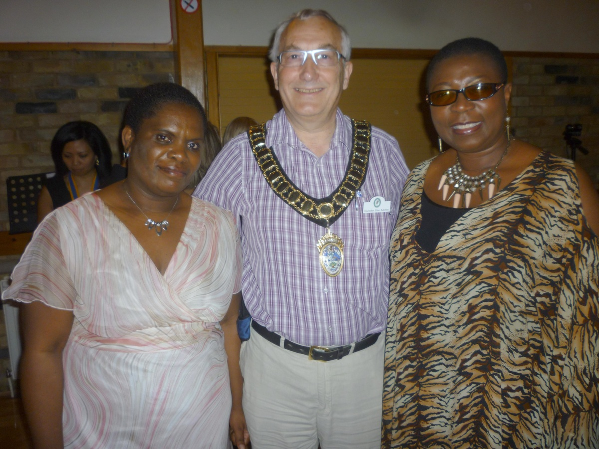 Town mayor Clive Butchins with Betty Makoni and her media campaigner, Princess Deun Adedoyin Solarin