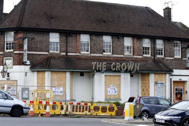 Borehamwood Times: The Crown Pub in Borehamwood