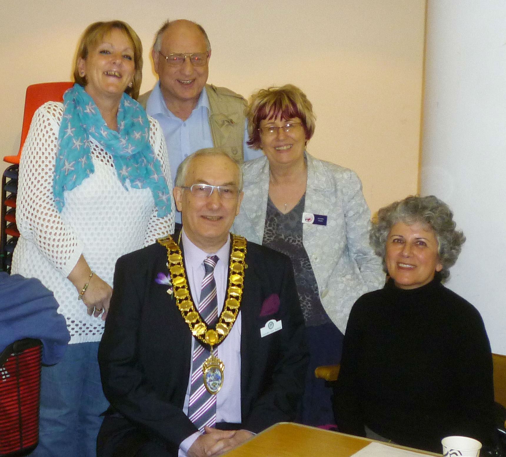Cllr Clive Butchins with Jennifer Reefe and some of the neighbour