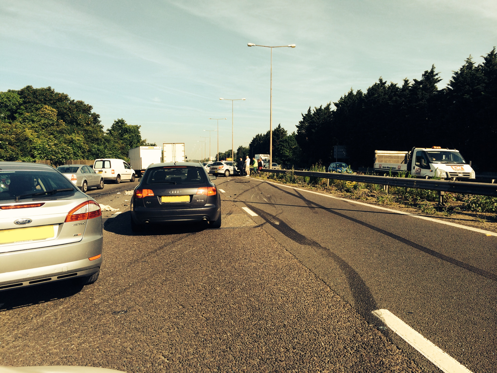 M1 closed following collision involving five cars and a lorry