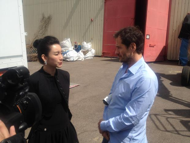 The group, led by Chinese film star Qin Hai Lu was given a tour of the Studios by managing director Roger Morris.