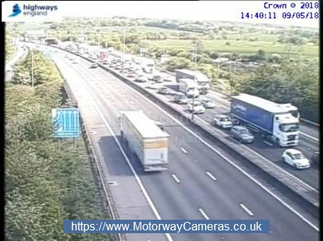 Traffic stopped on motorway after crash
