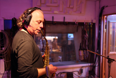 Saxophonist Dave Lewis